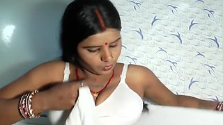 Hot desi shortfilm 190 - Aunty wet transparent nipple boob cleavage show